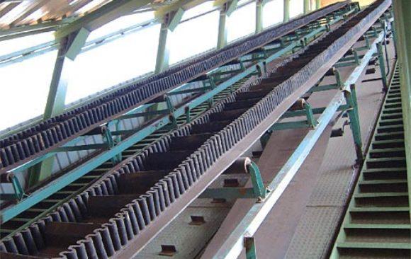 Steep / High Angle Belt Conveyor